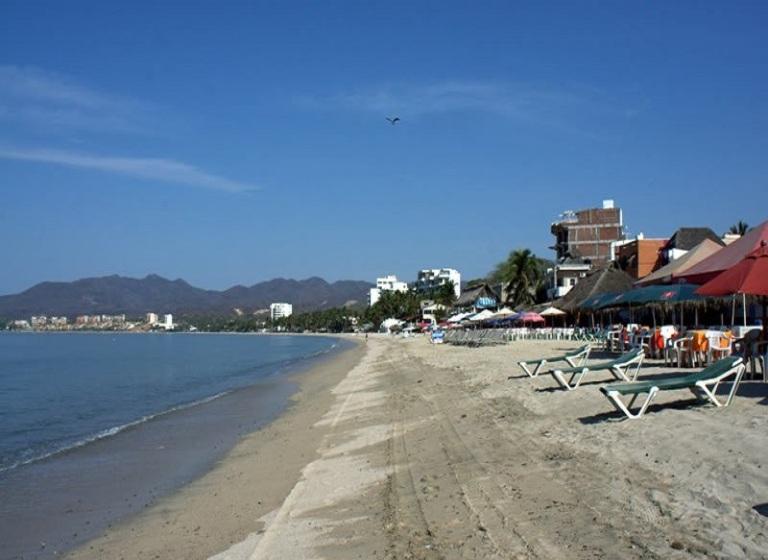 4. Descansa en la playa y mira el ocaso