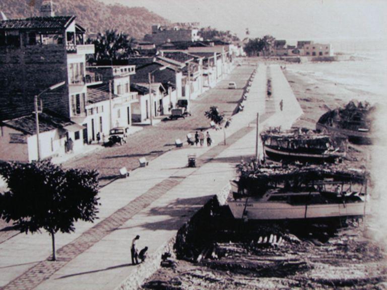 8. ¿De qué vivían los habitantes de Puerto Vallarta en ese tiempo