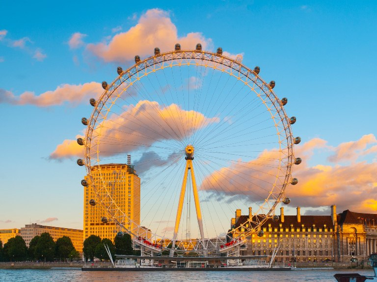8. Coca Cola London Eye