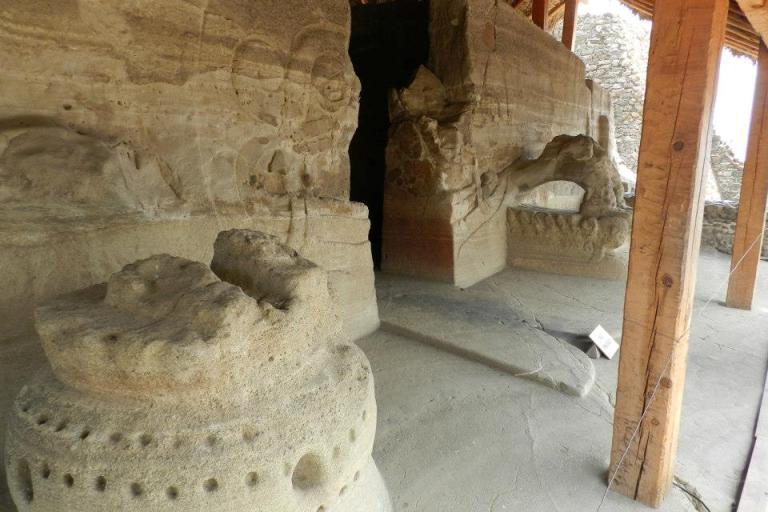 10-que-otras-cosas-interesantes-tiene-el-templo-principal-de-malinalco