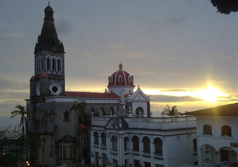 2-detalla-sus-interesantes-edificaciones-religiosas