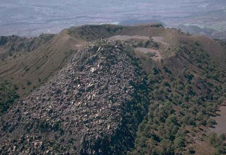 2-volcan-ceboruco
