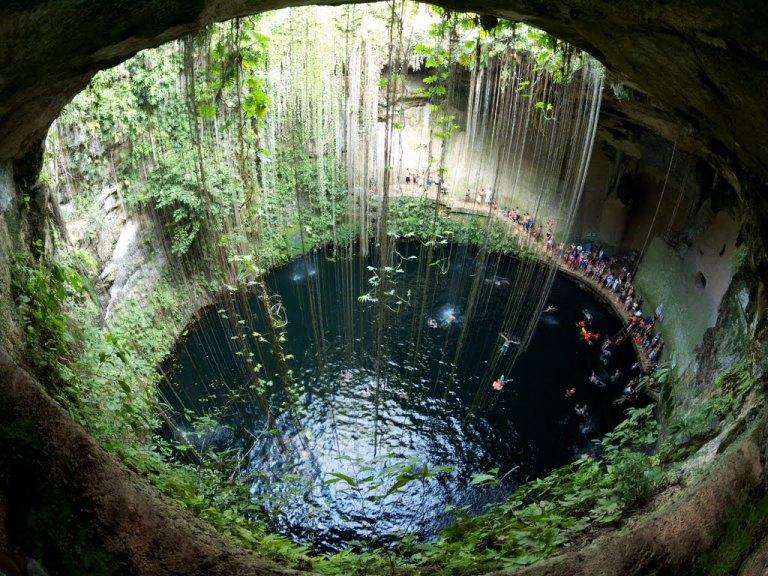 21-es-verdad-que-el-cenote-sagrado-era-un-lugar-de-sacrificios-humanos