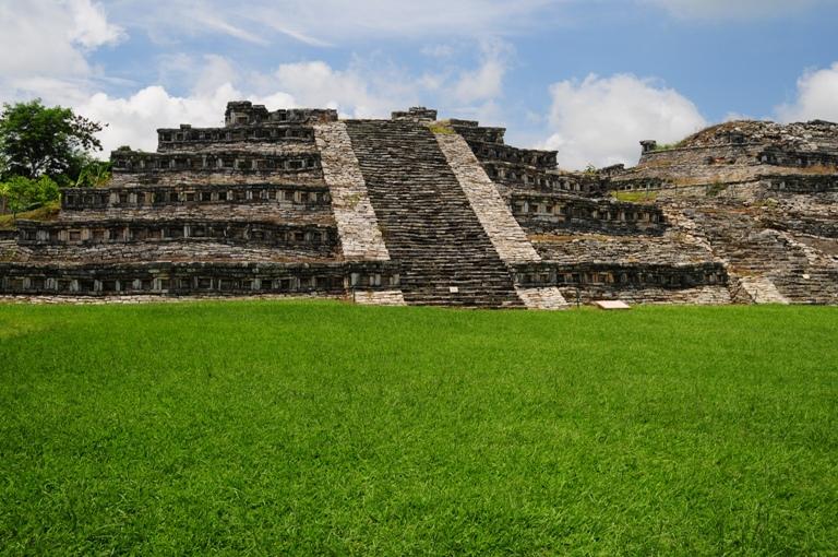 24-que-puedo-ver-en-la-zona-arqueologica-de-yohualichan