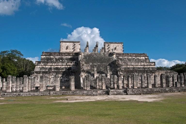 26-como-es-el-templo-de-los-guerreros