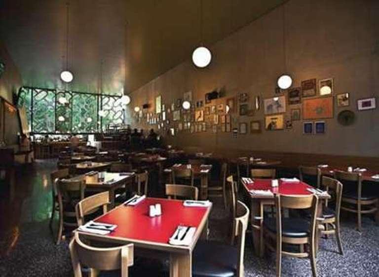 3-restaurante-la-capital