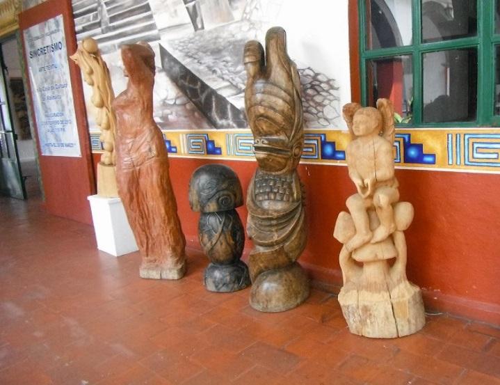4-recorre-el-pueblo-y-visita-la-casa-de-cultura