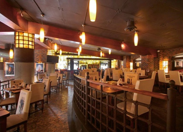 7-restaurante-puerto-madero