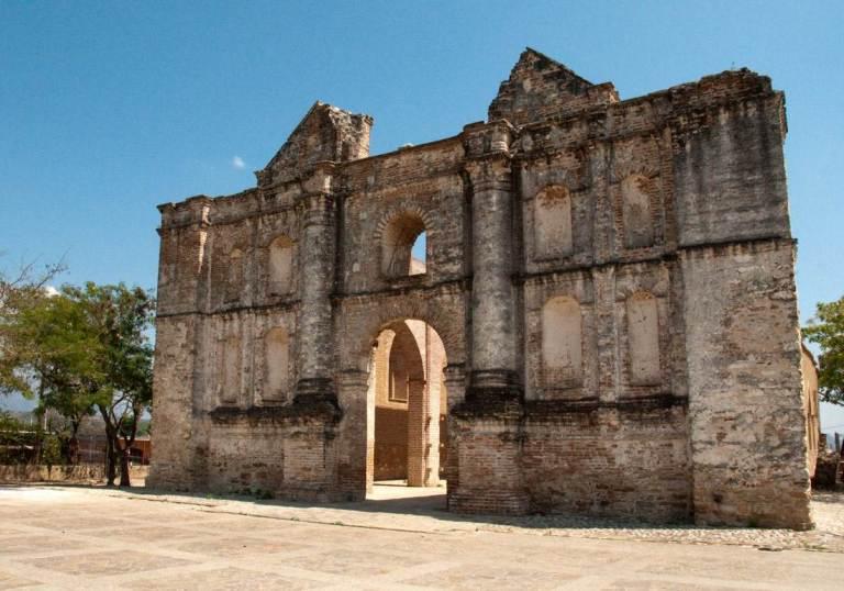 10-como-son-las-ruinas-del-templo-de-san-sebastian