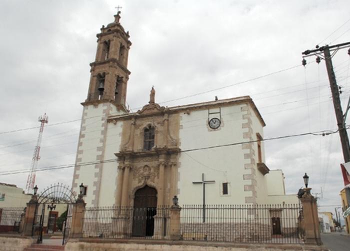 6-como-es-la-iglesia-de-santiago-apostol