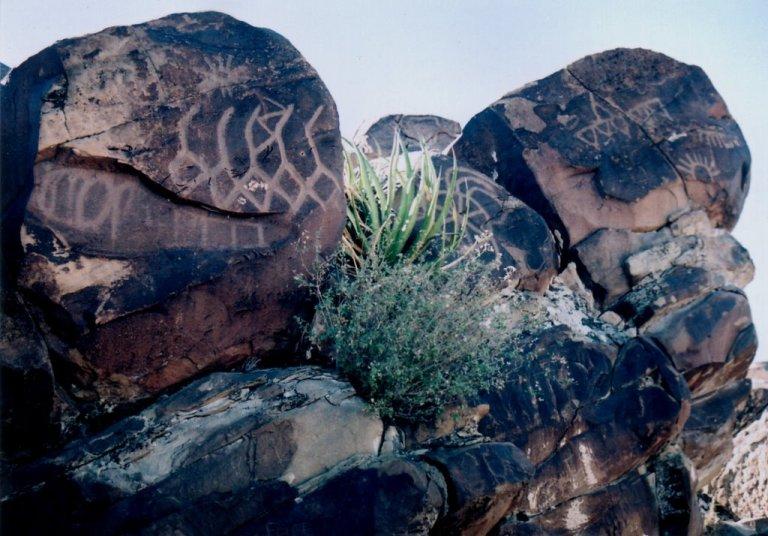 25-donde-estan-los-petroglifos