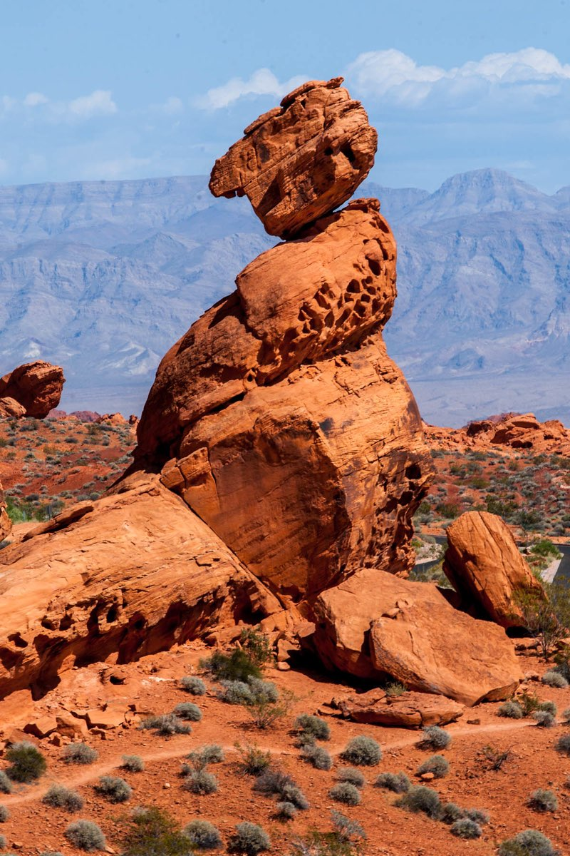 Balancing Rock in Valley of Fire State Park, Nevada.