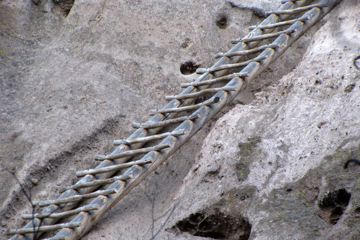 Ladder along the trail in Bandelier National Monument.