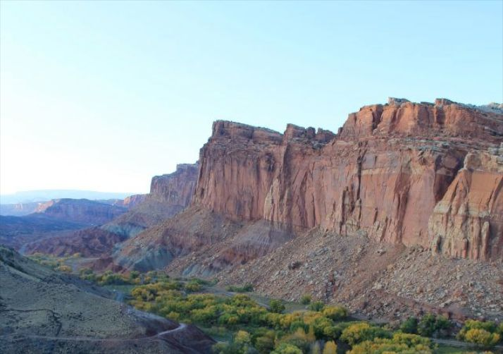 View along the Cohab Canyon Trail in Capitol Reef National Park.