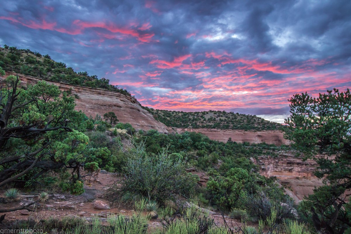 Sunset in Colorado National Monument.
