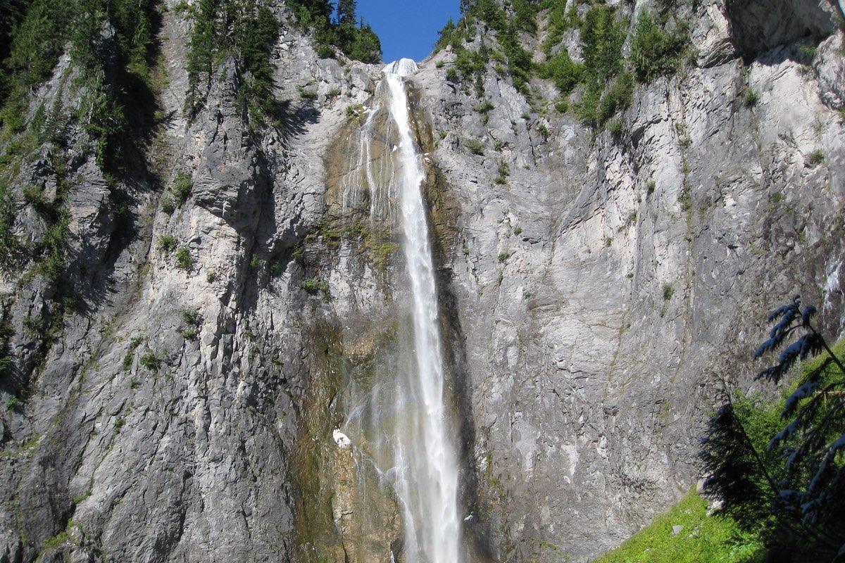 Comet Falls in Mount Rainier National Park.