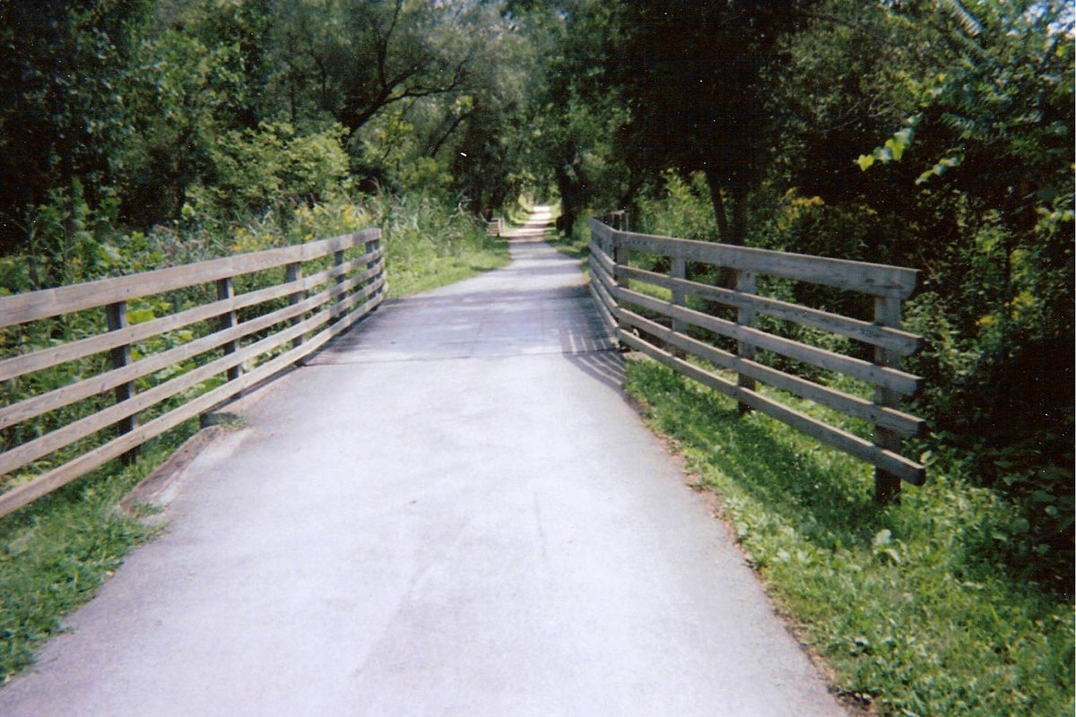 Along the Ohio & Erie Canal Towpath Trail in Cuyahoga Valley National Park.