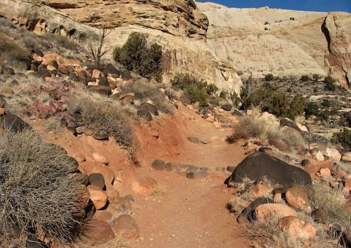 Trail leading to Hickman Bridge in Capitol Reef National Park.