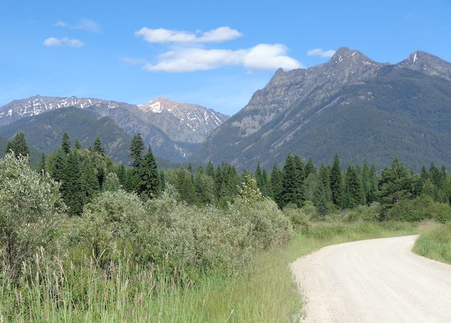 Mountainous view along the Refuge Road in Kootenai NWR.