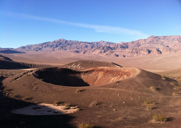 Hiking the Little Hebe Crater & Ubehebe Crater in DVNP.