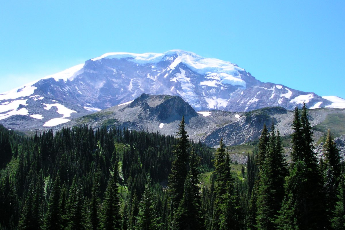 Mount Rainier from Mystic Lake in MRNP.