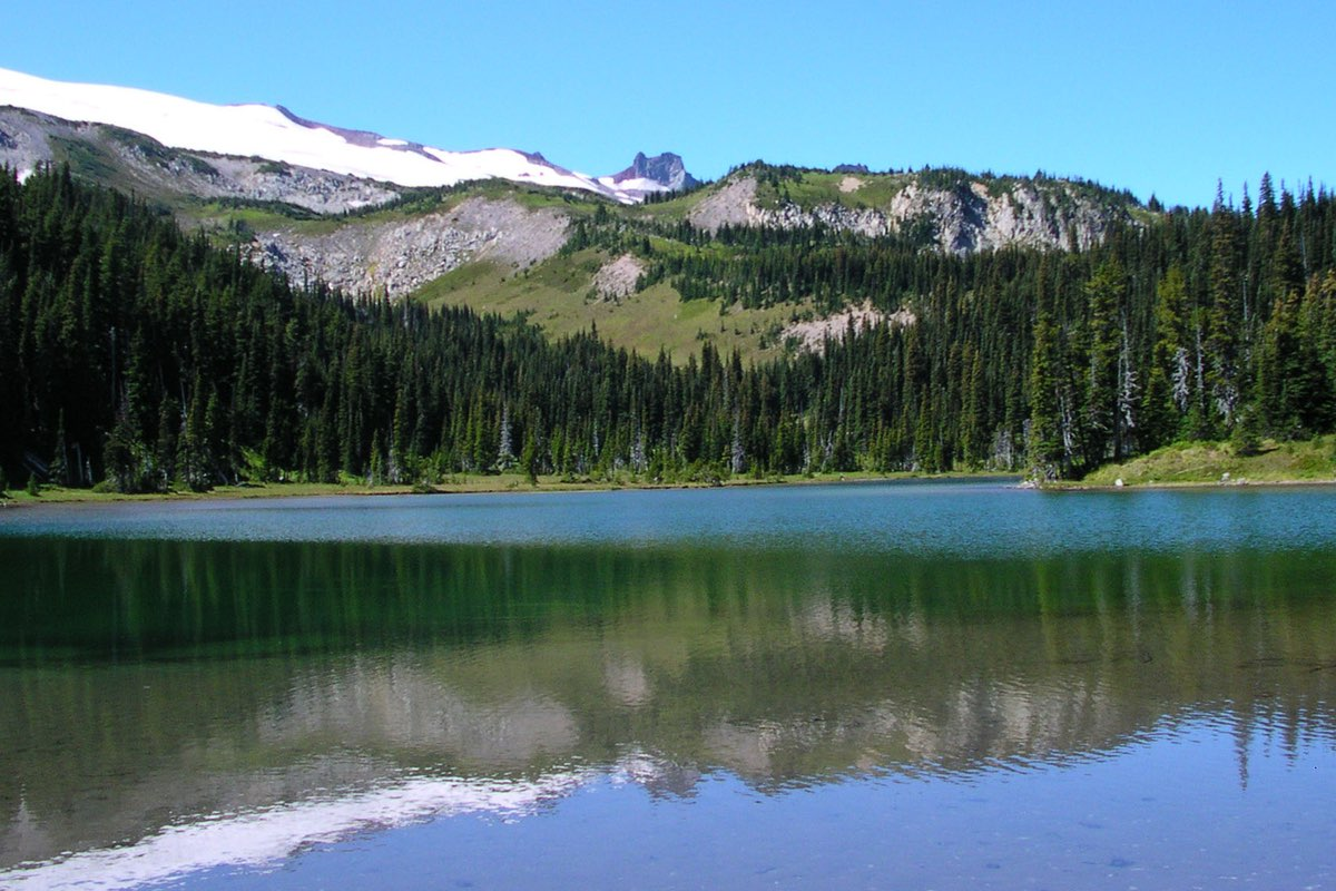 Mystic Lake in Mount Rainier National Park.