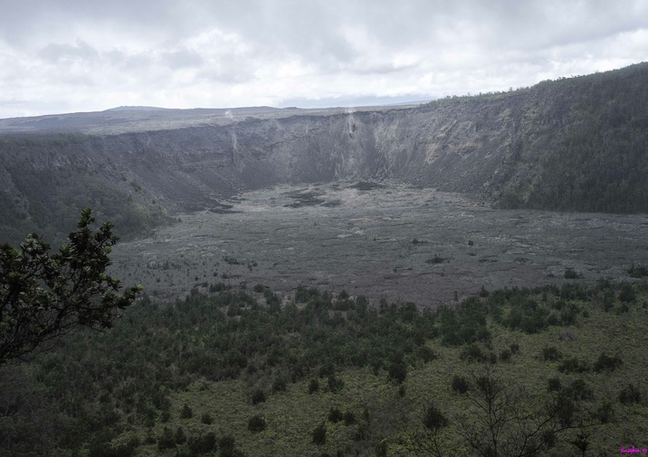 Hiking the Napau Trail in Hawaii Volcanoes National Park.