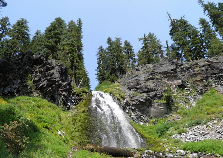 Plaikni Falls in Crater Lake National Park.