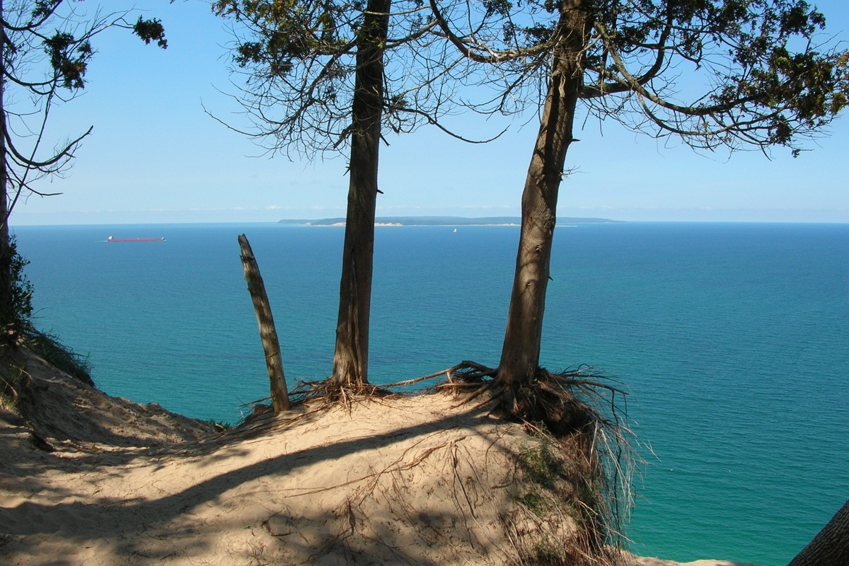 Pyramid Point Trail in Sleeping Bear Dunes National Lakeshore.