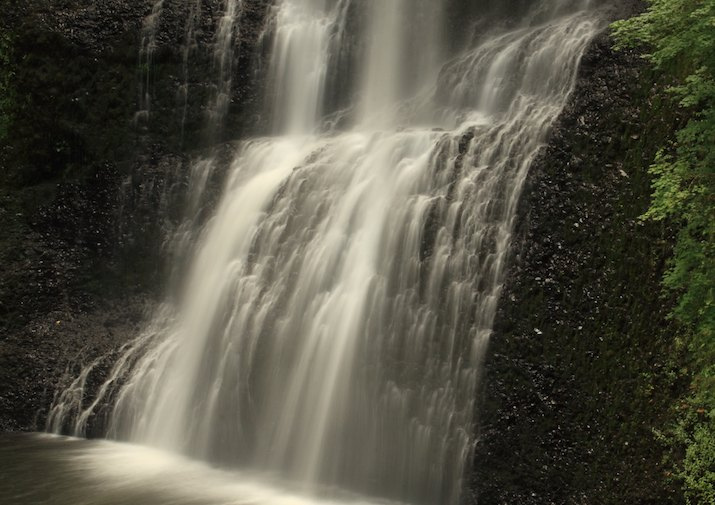 Lower South Falls along Trail of Ten Falls in Silver Falls State Park near Salem, Oregon.