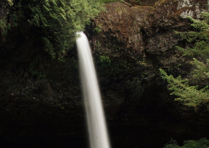 North Falls along Trail of Ten Falls in Silver Falls State Park near Salem, Oregon.