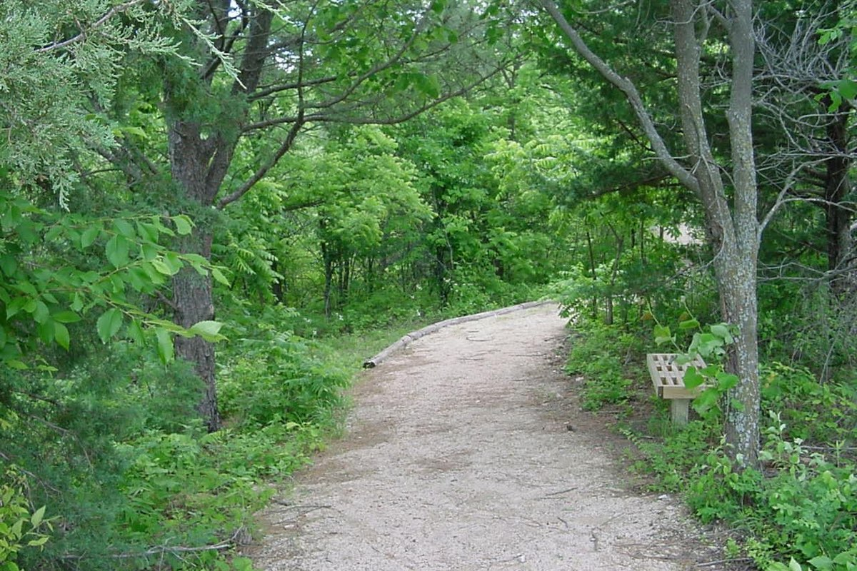 Hiking Tuttle Creek State Park in Kansas.