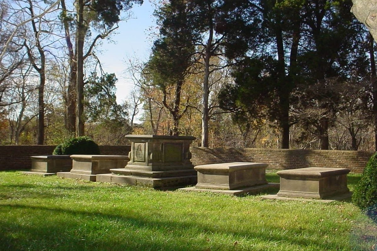 Washington family graves in George Washington Birthplace National Monument.