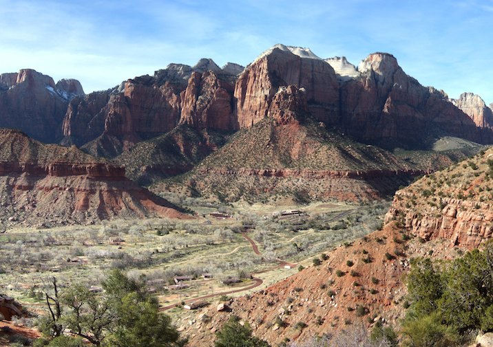 View along the Watchman Trail in Zion National Park.