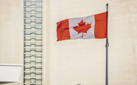 El himno nacional canadiense será modificado