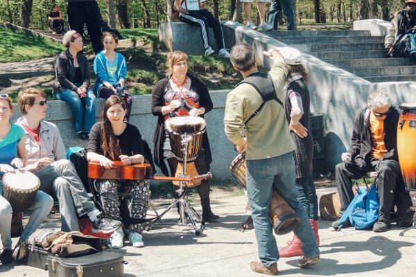 Las mejores ciudades para escuchar música en vivo | Revista Travesías