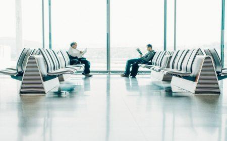 por que las aerolineas sobrevenden sus vuelos