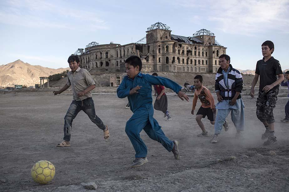 Youth street football Mexico