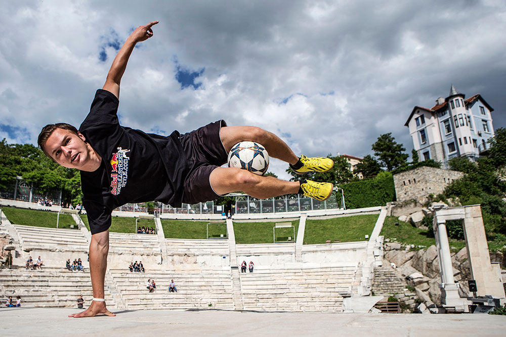 Paweł Skóra poses at the Red Bull freestyle competition.