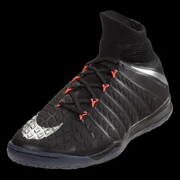 Nike Hypervenom Strike Night