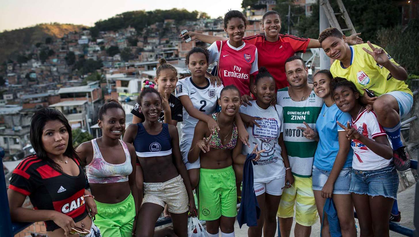 favela street