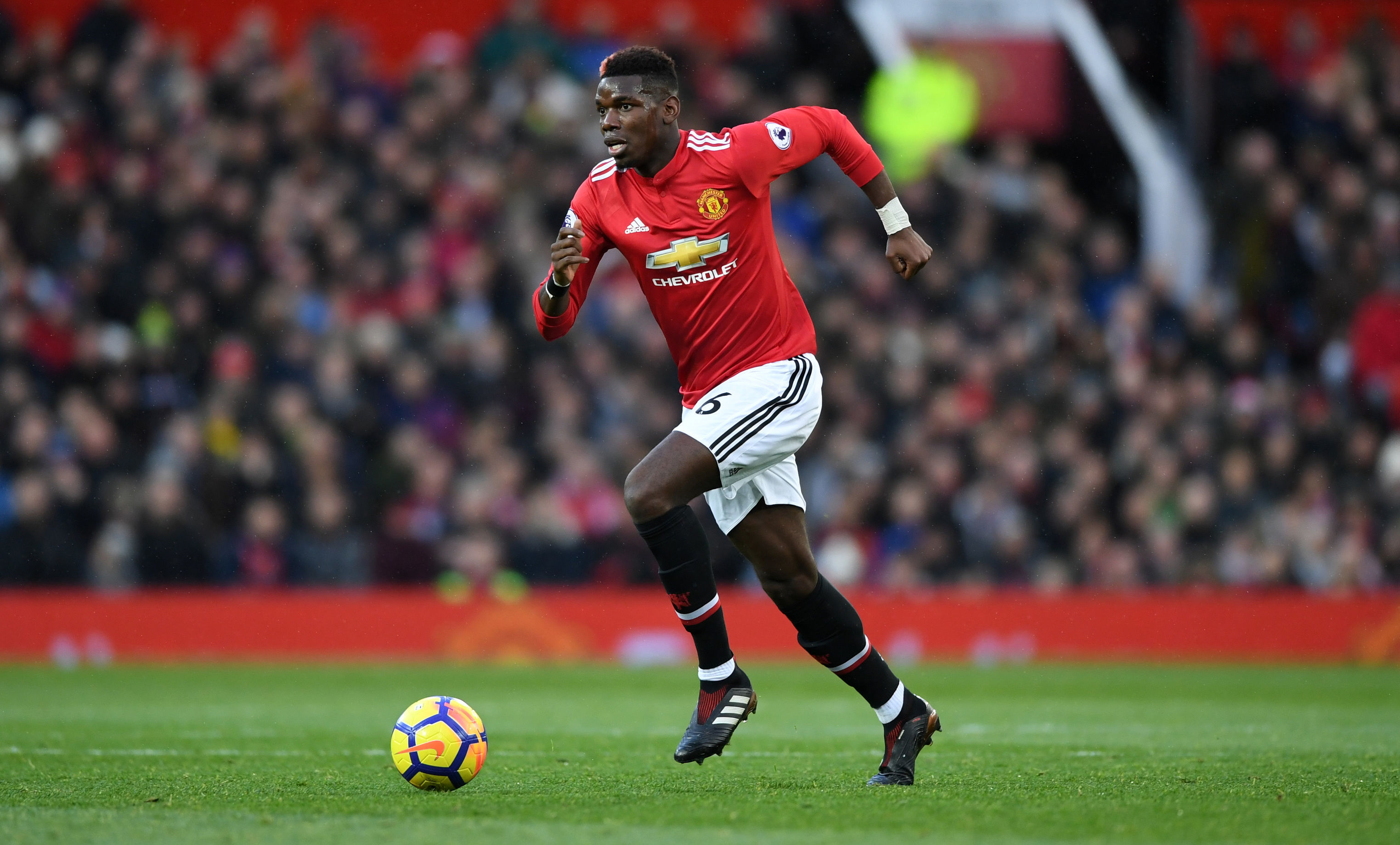 cinta camuflaje Anoi  A Look Back at Paul Pogba's Most Iconic Looks - Urban Pitch