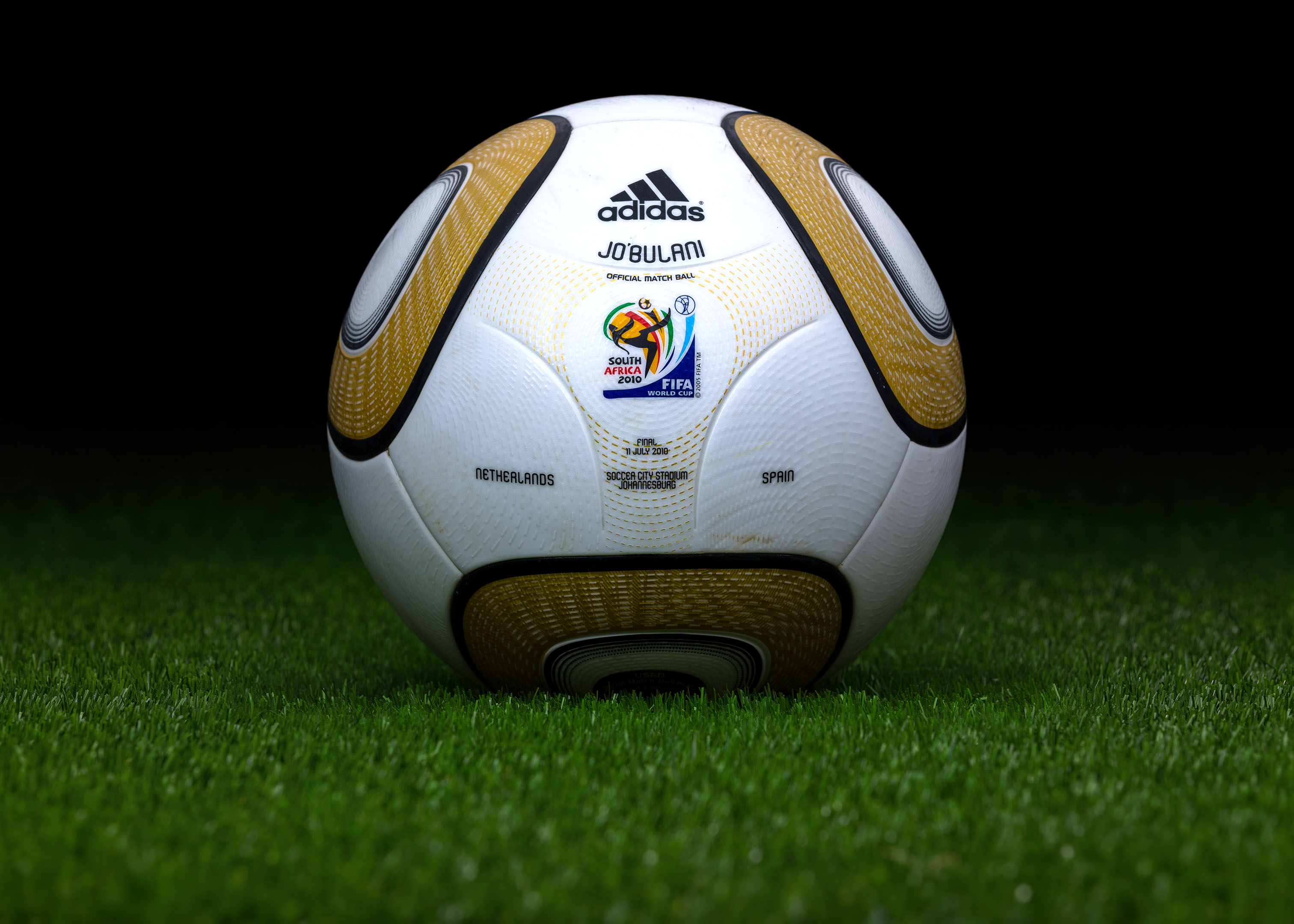 genuine shoes best choice classic shoes Ball of Fame: The 10 Most Valuable Official Match Balls of the ...
