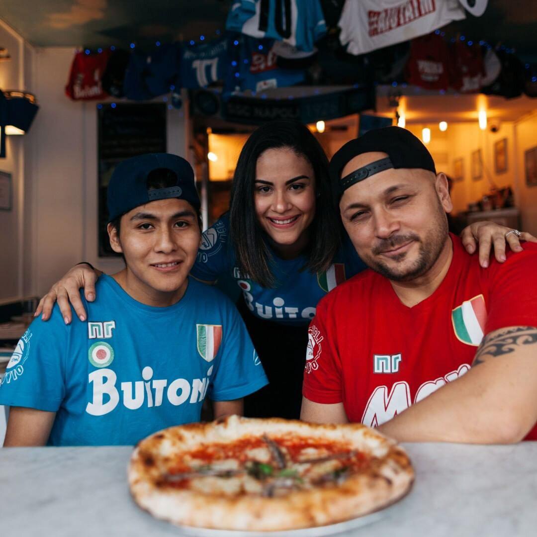 song e napule pizza