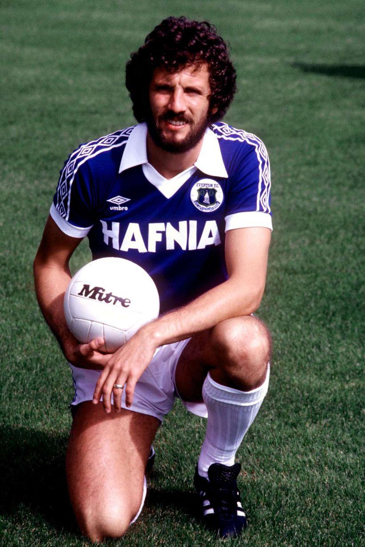 everton 1981-82 kit