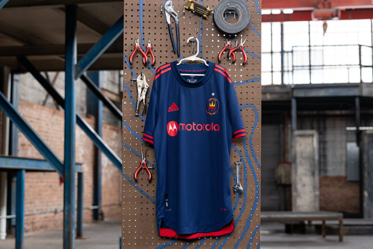 chicago fire kit 2020