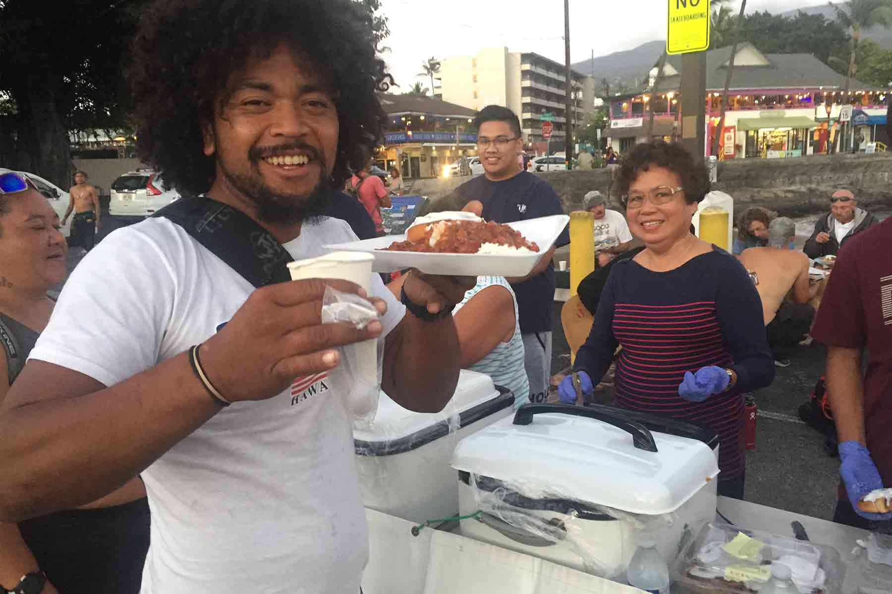 photo of the salvation army kona homelessness feeding