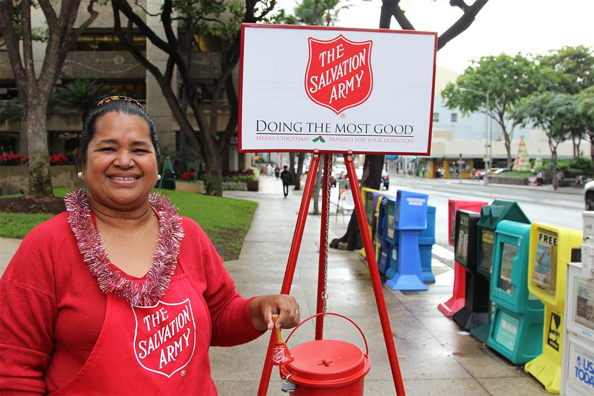 Salvation Army volunteer bellringer