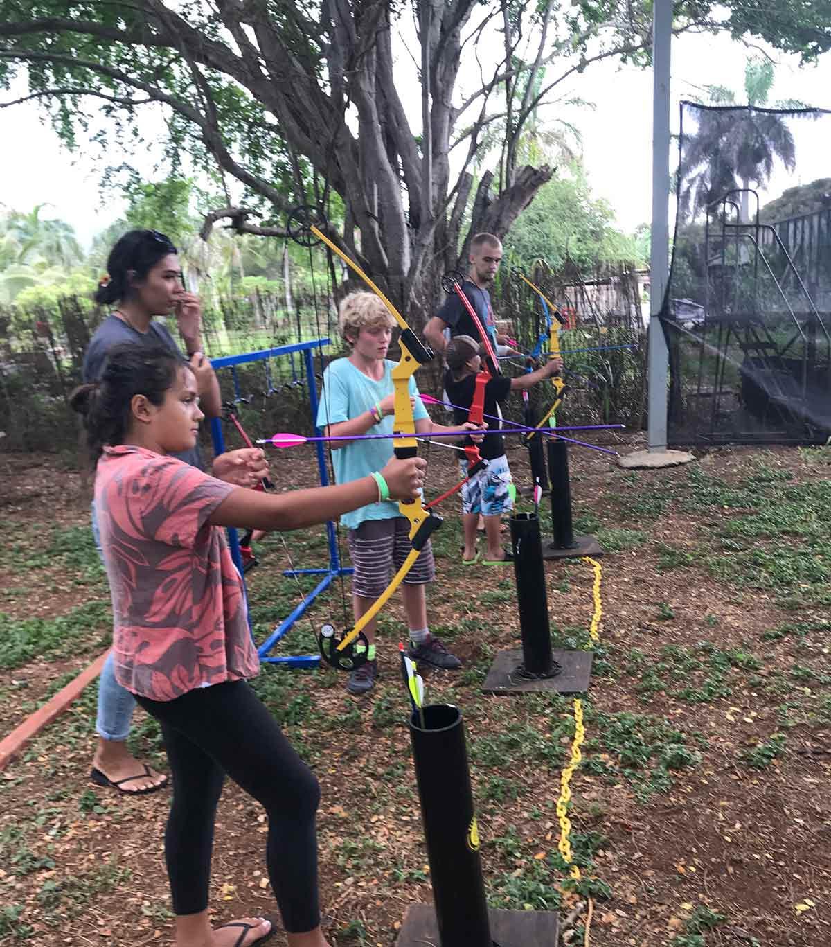 camp-homelani-kids-archery