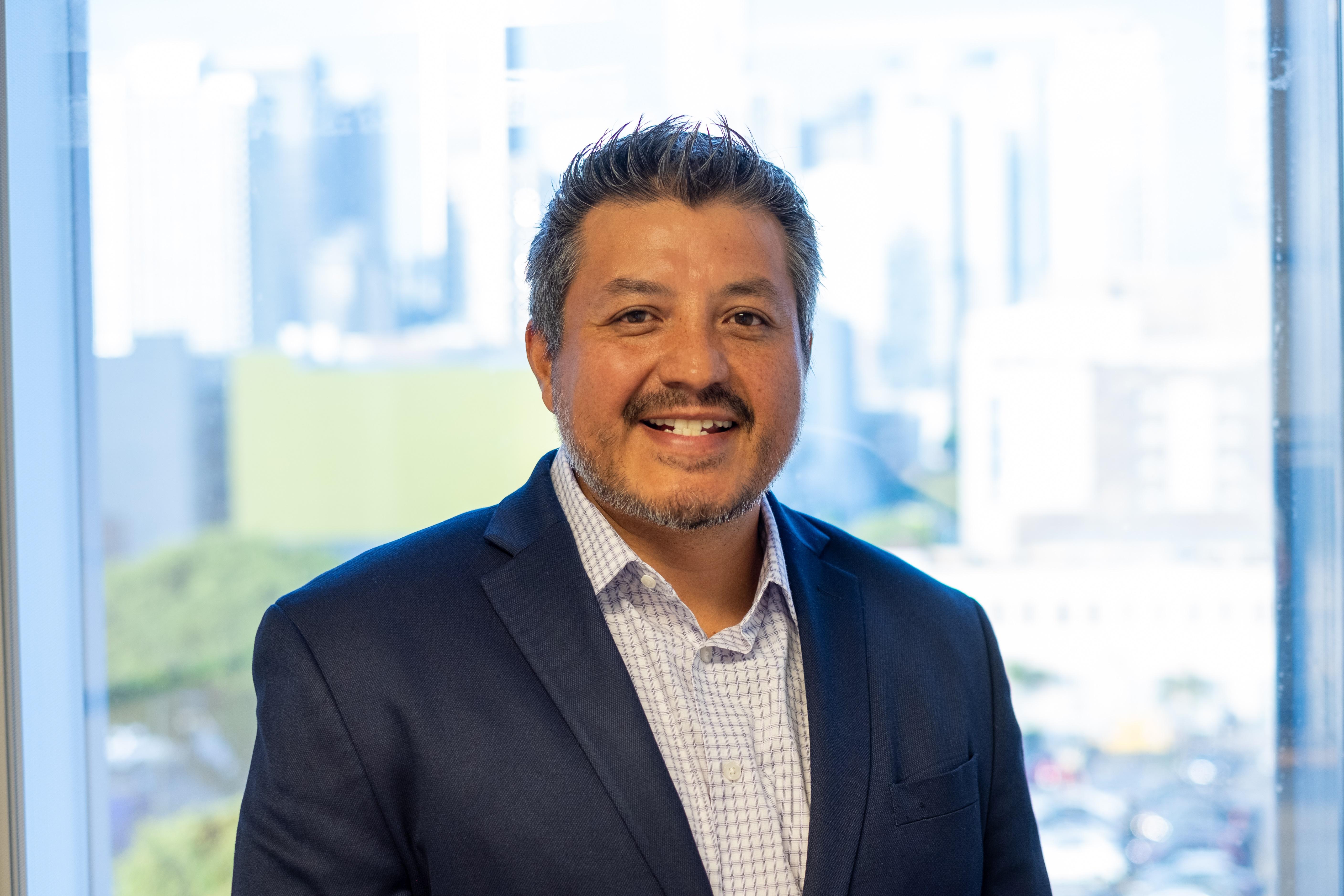 Oscar Cruz Headshot - Chief Operating Officer UWGLA